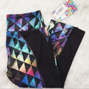 NWT LuLaRoe small Jade athletic cropped leggings